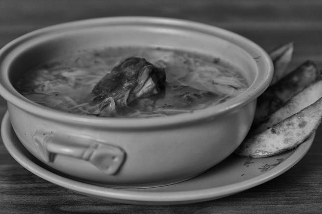 Sauercrout soup with smoked ribs